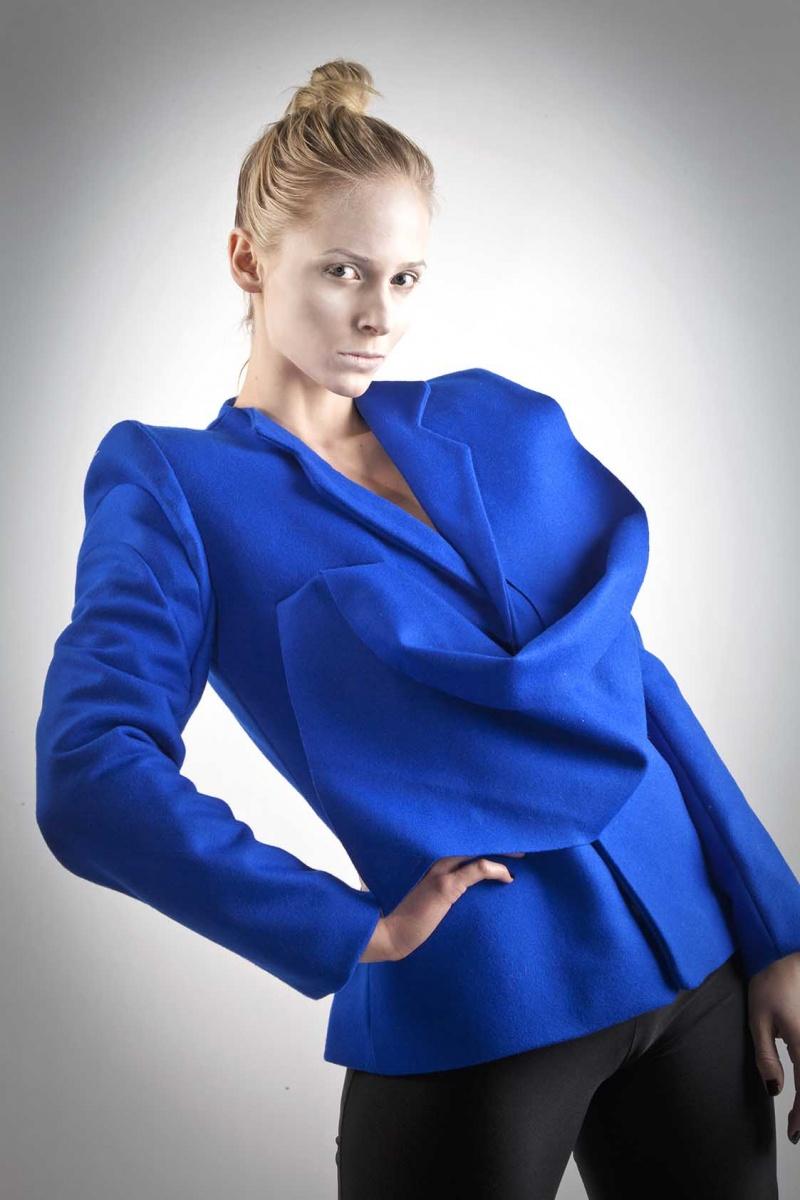 Female model photo shoot of Marina Brenere by L K Photography