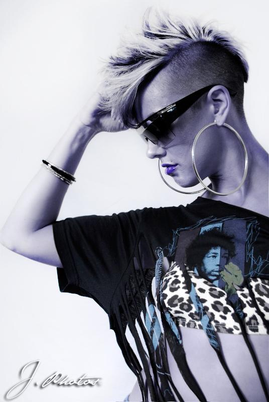 Female model photo shoot of The Dancing KAT