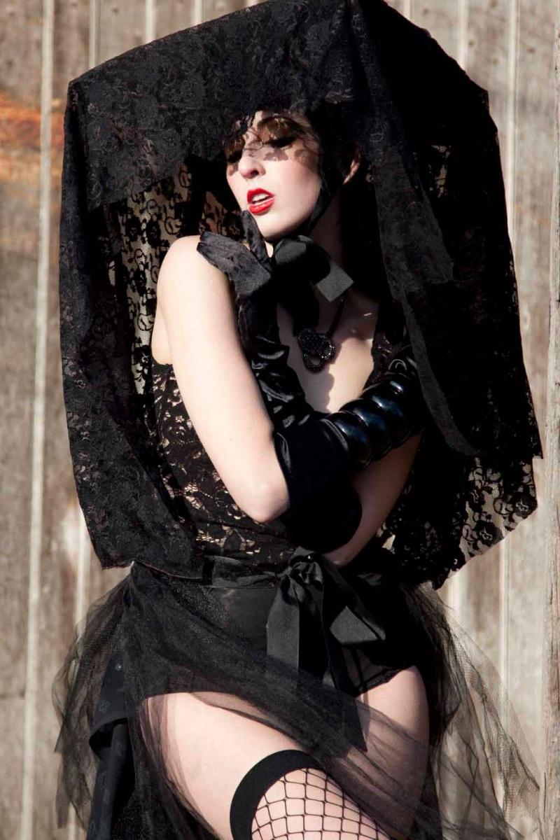 May 04, 2011 Black Widow