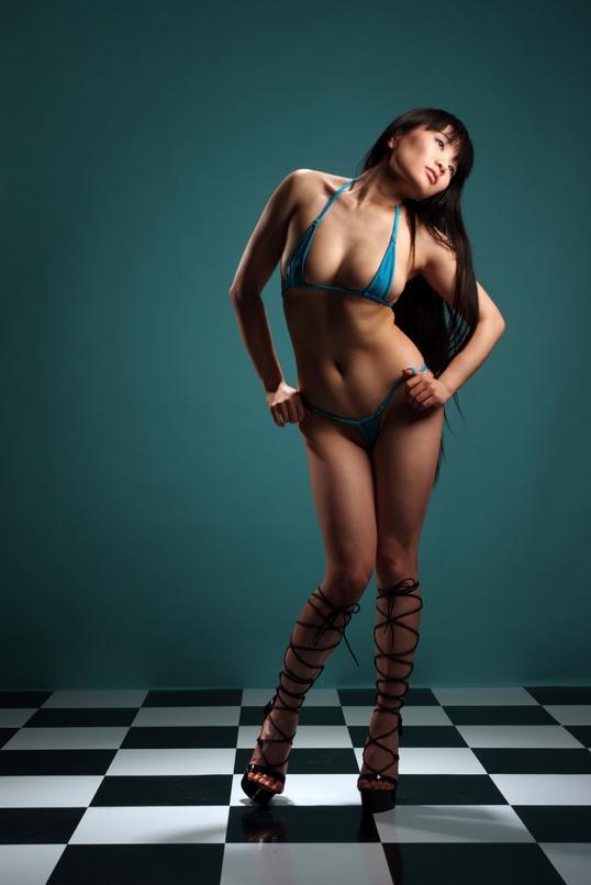 Female model photo shoot of Yumi-U
