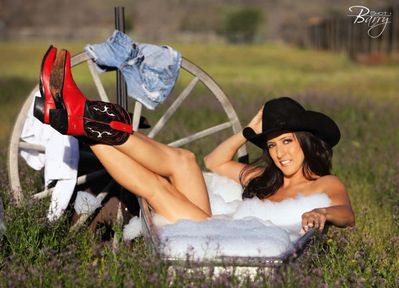AZ May 06, 2011 Shot By Barry 2011 Clean Cowgirl