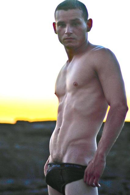 Male model photo shoot of RUBEN JIMENEZ in Nicaragua