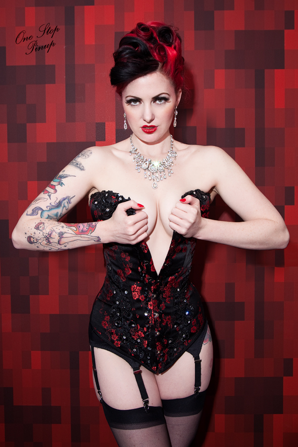 D.c May 09, 2011 One Stop Pinup Photography: Ones Stop Pinup/ Model: GoGo Amy/ Wardobe: Victoria Velvet