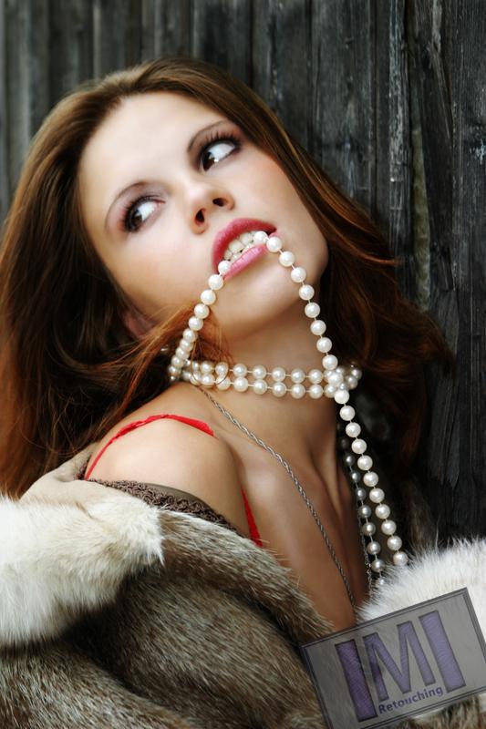 Female model photo shoot of IMI Retouching in http://www.sxc.hu/