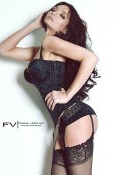 http://photos.modelmayhem.com/photos/110510/16/4dc9c957e4b86_m.jpg