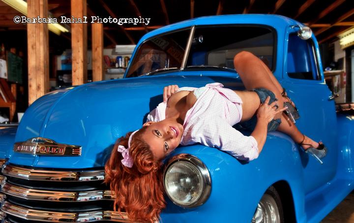 Female model photo shoot of Barbara Rahal