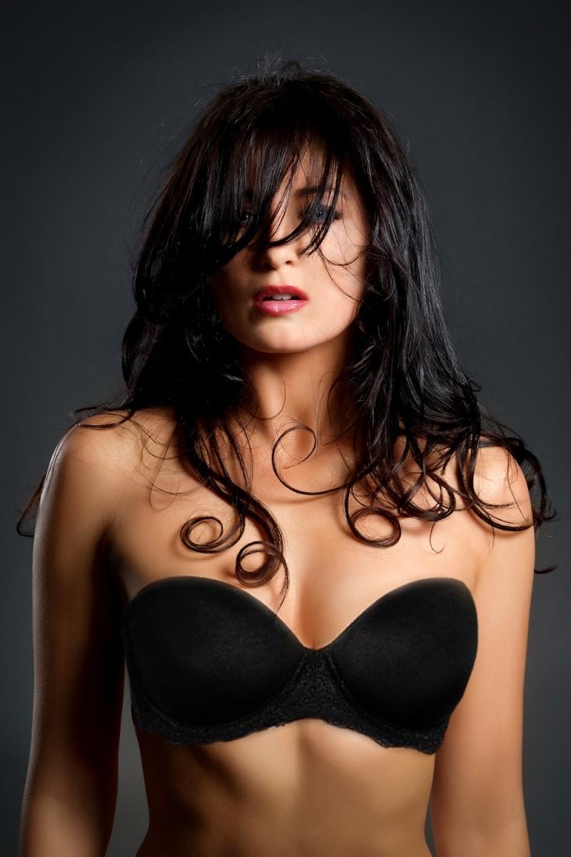 Female model photo shoot of Melissa Core