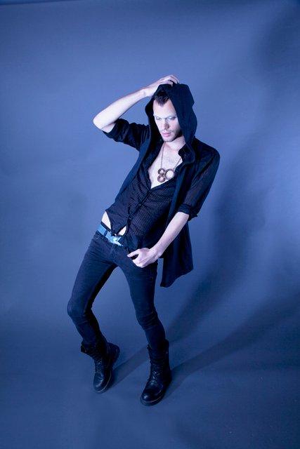 Male model photo shoot of EthanR