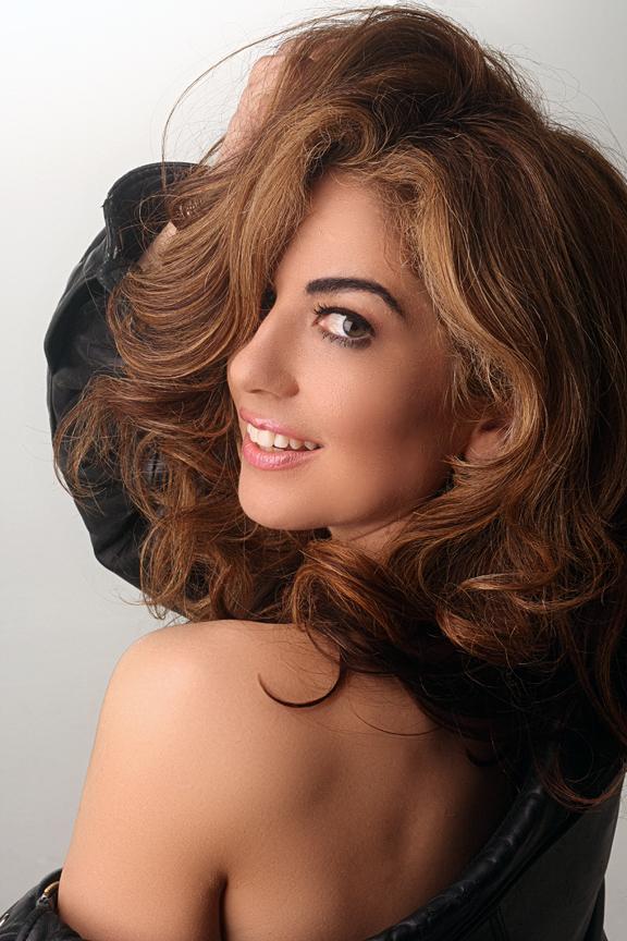 Female model photo shoot of Jackie Stevens