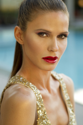 Female model photo shoot of Courtney Dailey