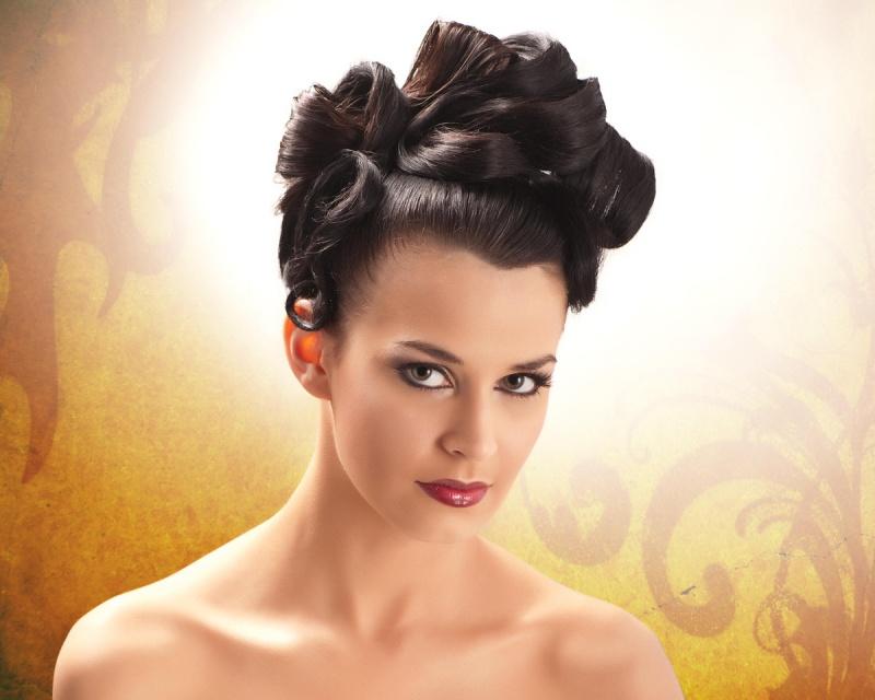 Female model photo shoot of Faith Fashion andPhotos in Memphis, TN: Faith, Fashion & Photos Studio, hair styled by Levi Hayes