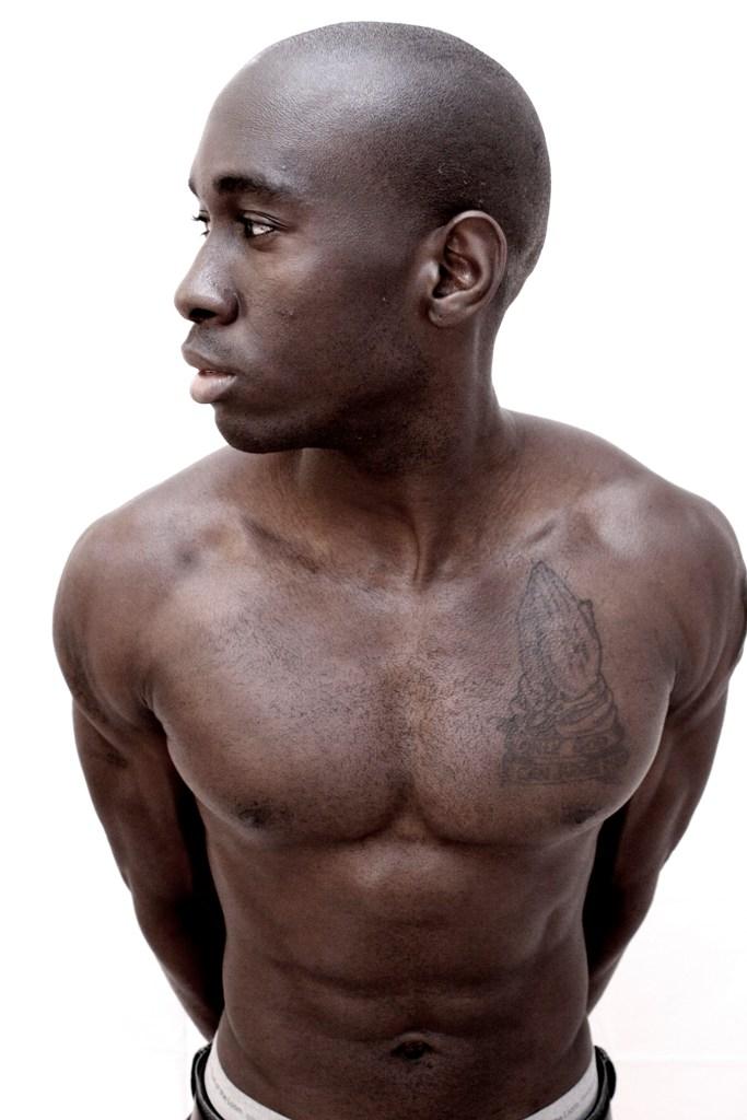 Male model photo shoot of Tres Bleu