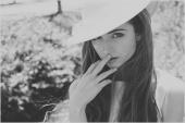 https://photos.modelmayhem.com/photos/110527/00/4ddf4ed74b8ae_m.jpg
