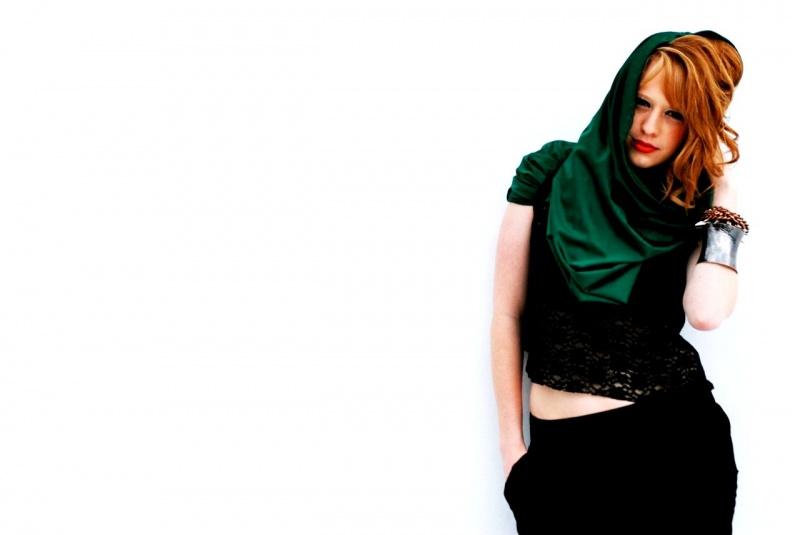 Female model photo shoot of Asha Isabella US
