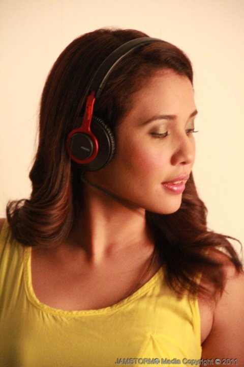 NYNP Studio, Tomas Morato, Quezon City May 27, 2011 JAMSTORM® Media © Copyright 2011 Karylle for Philips Exclusive Photo Shoot