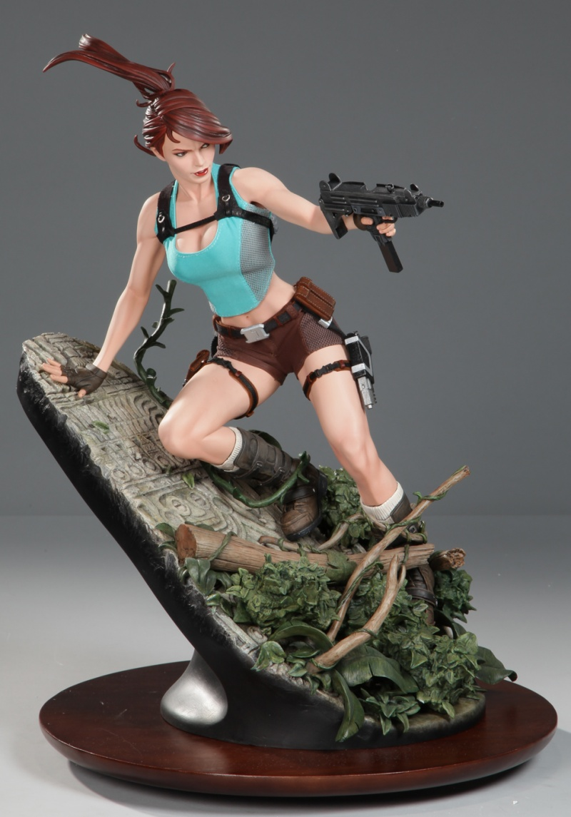 May 31, 2011 Sideshow Collectibles, 2011 AH Lara Croft Premium Format Statue