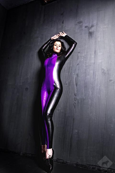 Female model photo shoot of sweetsymphony
