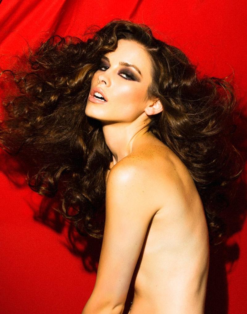 Female model photo shoot of Lauren Calaway in MUA-coming soon     Hair-coming soon