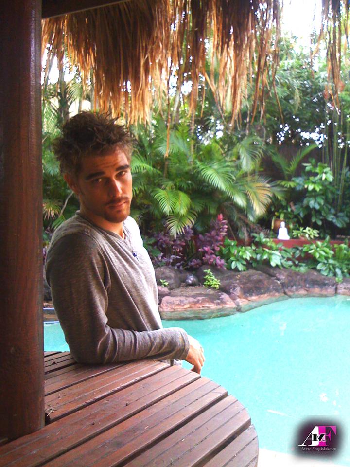 Male model photo shoot of Matt Holdsworth