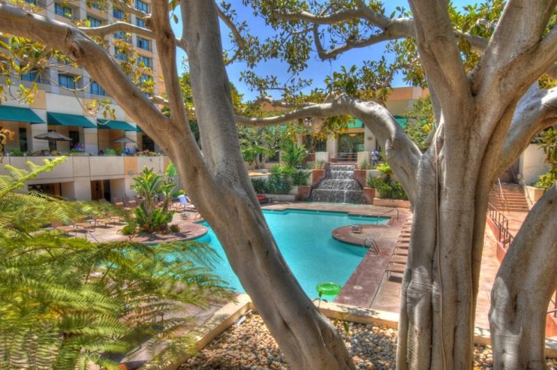 San Diego, California USA Jun 05, 2011 HD Photo Tours San Diego Marriott Pool