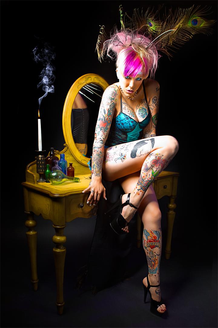 Female model photo shoot of Kelly Gunn