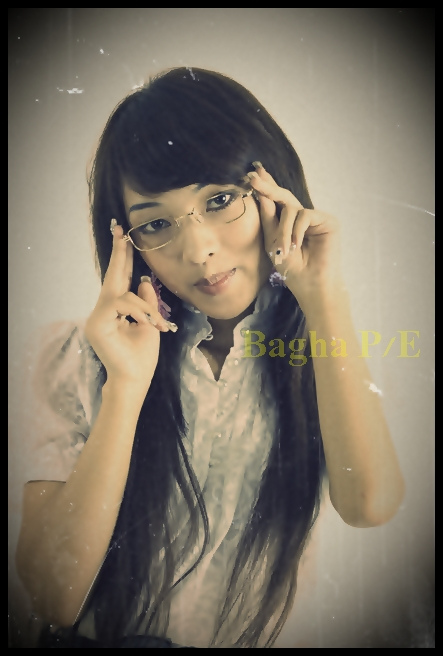 Female model photo shoot of Liliani
