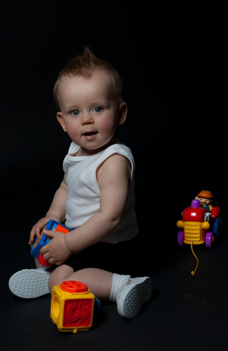 Male model photo shoot of Robert Marczak