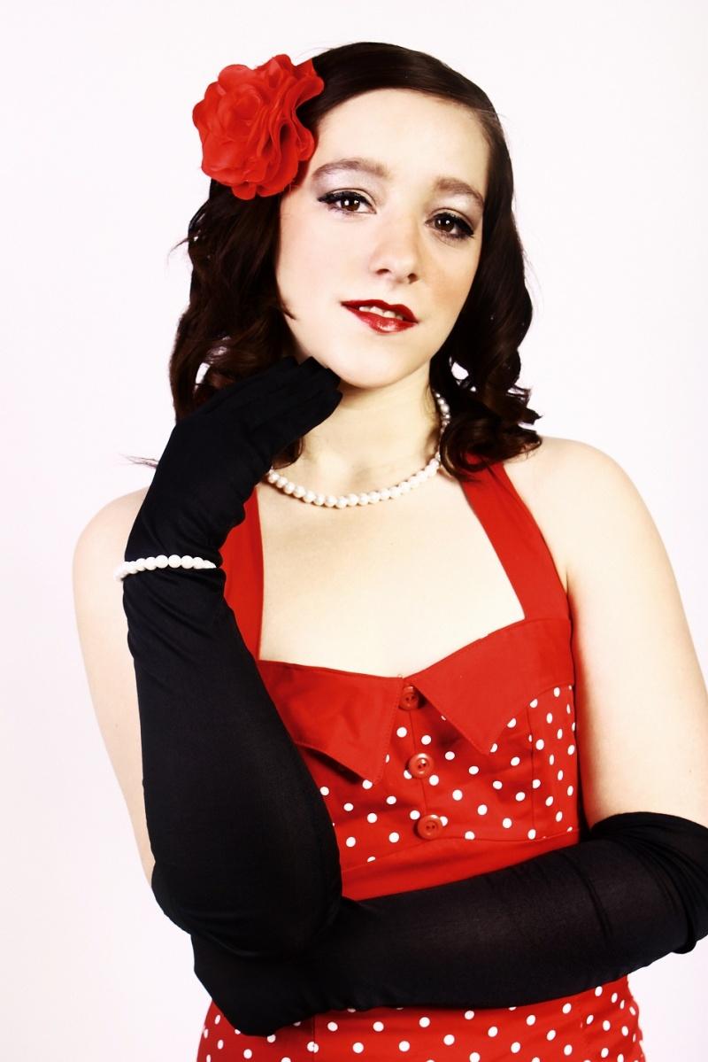 Female model photo shoot of Emma Millard