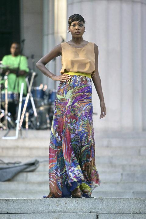 Female model photo shoot of Elizabeth Carson Racker in Harlem, NY
