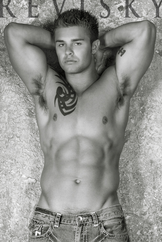 Picture About Male Model Jesse Joe 23 years old from Bradenton, Florida, US