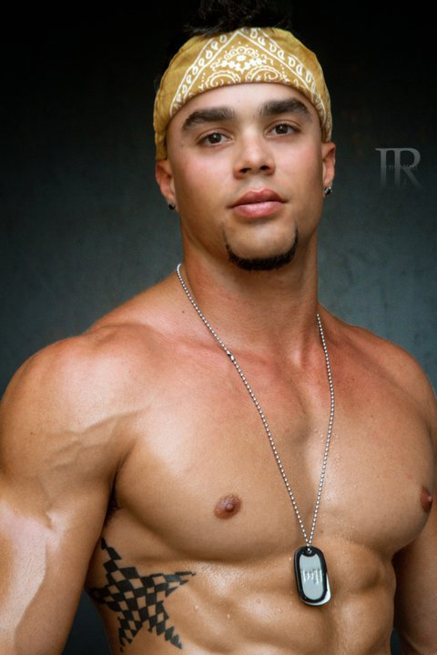 Picture About Muscle Male Model Hivo Gonzalez 25 years old from Miami, Florida, US