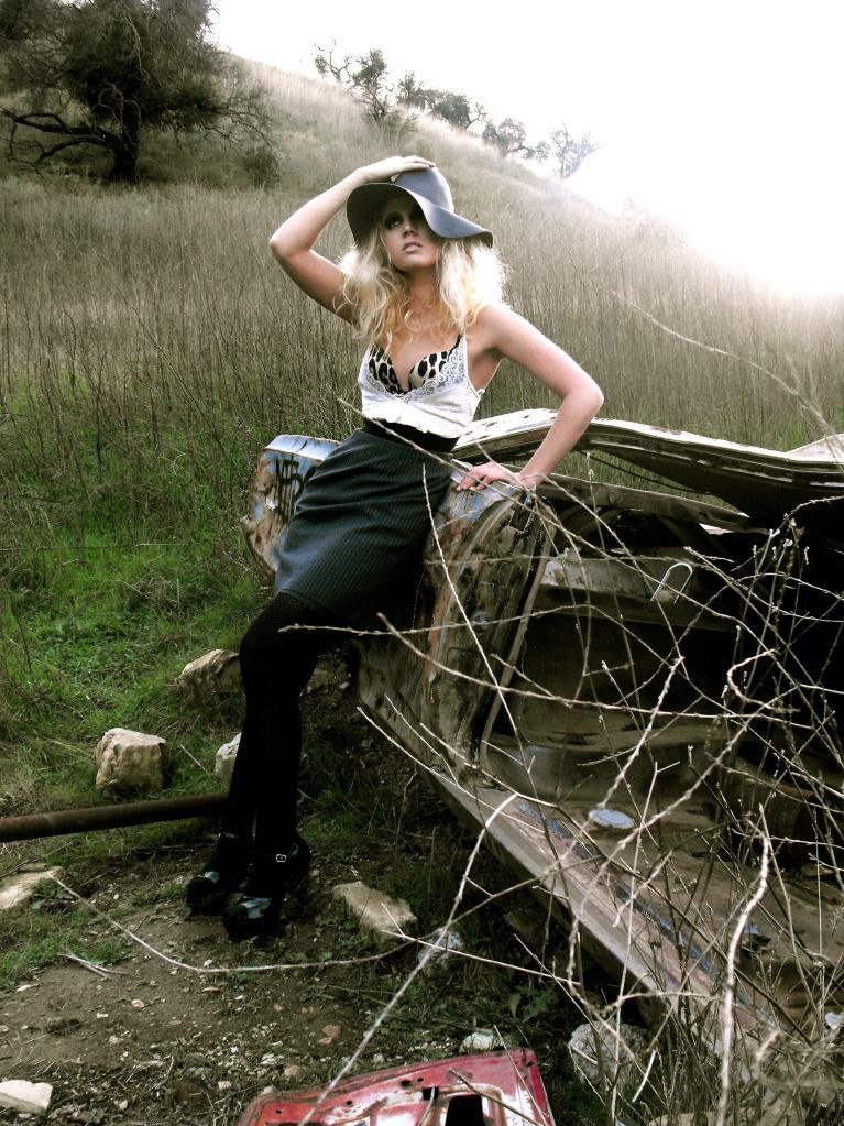 Female model photo shoot of Victoria Anne Greenwood