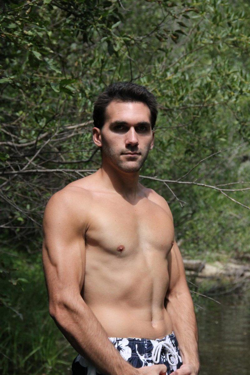 Male model photo shoot of Nickoli Black in Idaho