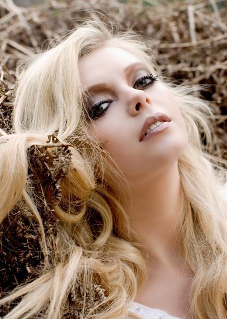 Jun 17, 2011 Photographer - Rachel Heath, Make-up - Eyedolise Earth Photoshoot (: