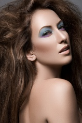 http://photos.modelmayhem.com/photos/110618/22/4dfd8ddf0ba86_m.jpg