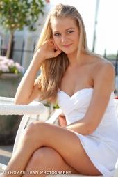 http://photos.modelmayhem.com/photos/110627/20/4e0945166389e_m.jpg