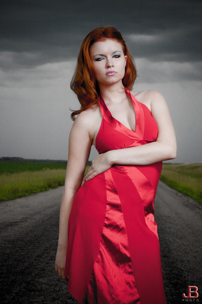 http://photos.modelmayhem.com/photos/110702/07/4e0f3122b459c.jpg