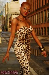 http://photos.modelmayhem.com/photos/110704/20/4e12862d02e00_m.jpg