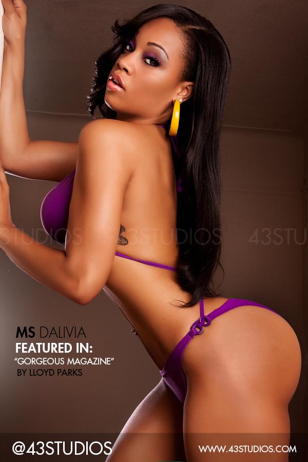 Female model photo shoot of MsDaLivia