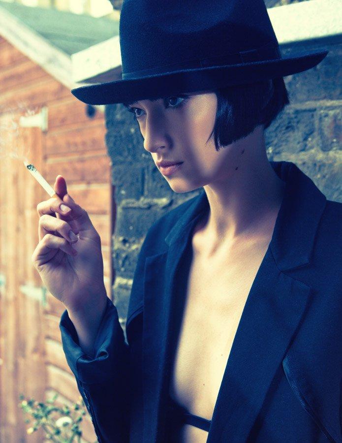 london Jul 08, 2011 makeup by peggyxu, photography by helen olds , styling by Emma Pulbrook