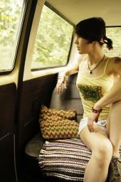 http://photos.modelmayhem.com/photos/110711/17/4e1b93578057b_m.jpg