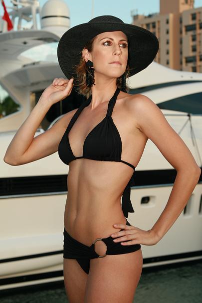 Female model photo shoot of anneb23 in Miami, FL