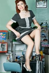 http://photos.modelmayhem.com/photos/110712/18/4e1ceeaed6fe7_m.jpg
