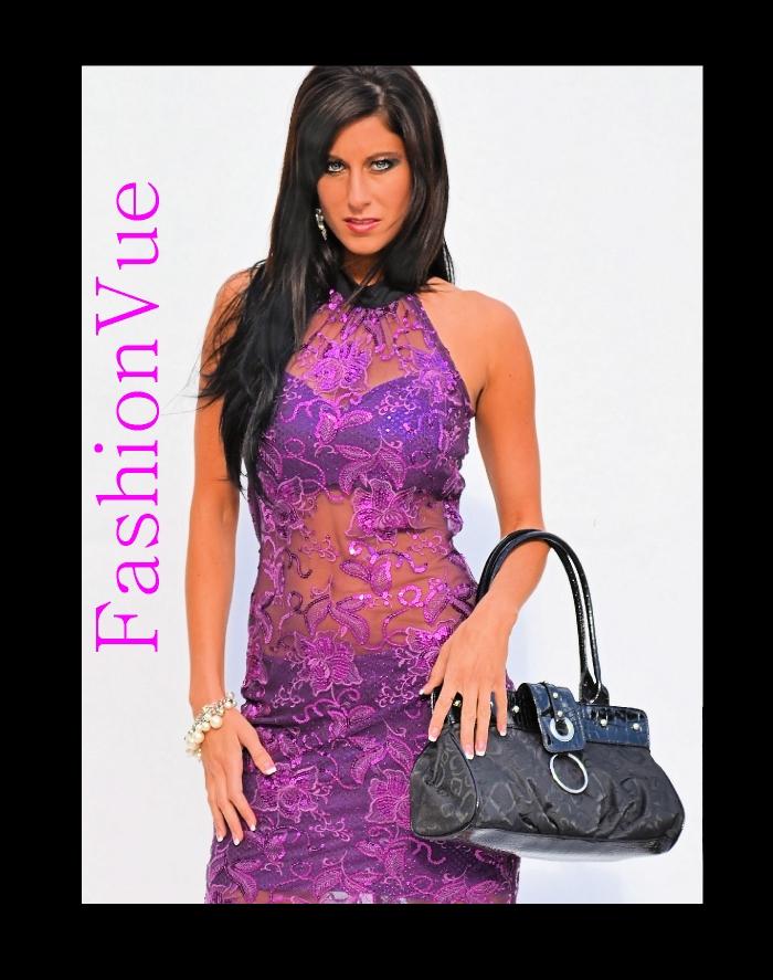 http://photos.modelmayhem.com/photos/110722/20/4e2a417561f96.jpg