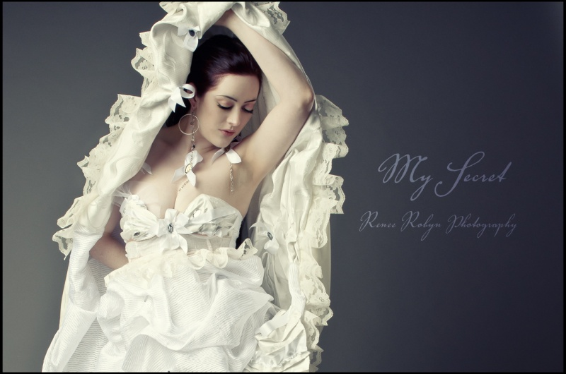 Jul 24, 2011 Renee Robyn Photography Hair by Rebecka Pichoch, Dress by My Secret