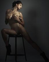 http://photos.modelmayhem.com/photos/110724/14/4e2c8c71a57d1_m.jpg
