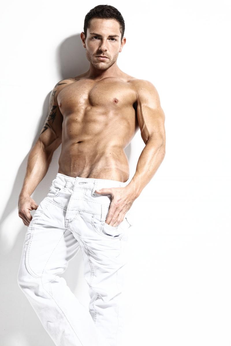 Male model photo shoot of Jason-HEAT-Rosell