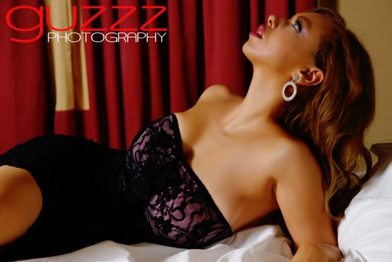 Female model photo shoot of Shauna Tonise