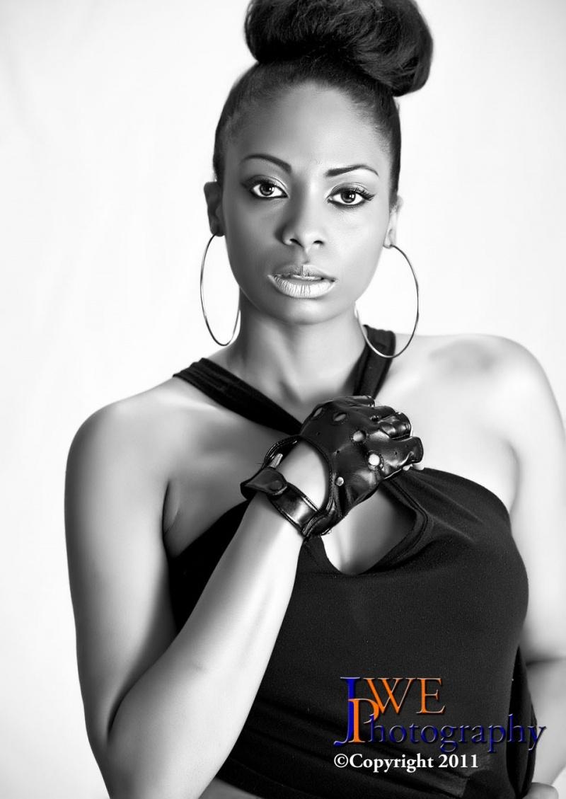 Female model photo shoot of Ariel Gazelle