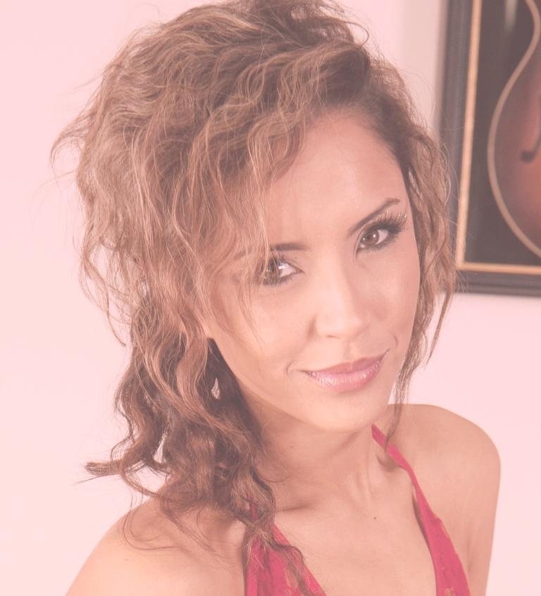 Female model photo shoot of Amour Mari aka Maz86 in Gold Coast